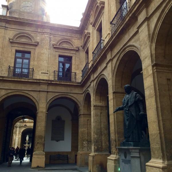 University of Seville Interior, Seville, Spain - Palmiscno - Photo 2