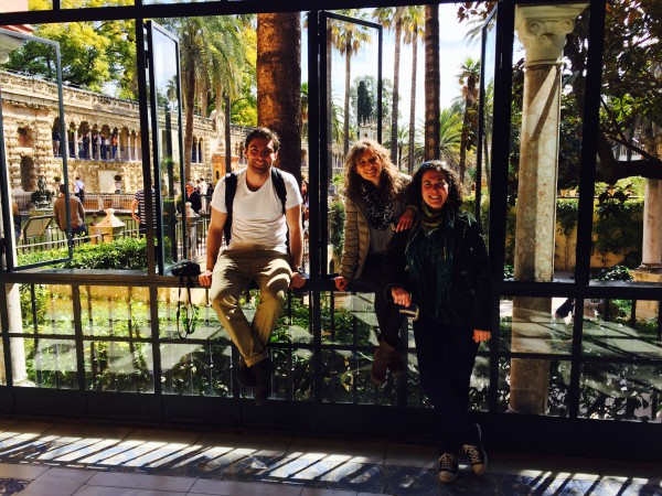 Visiting a garden in Sevilla where I met some new friends- and ended up speaking Spanish the whole time!