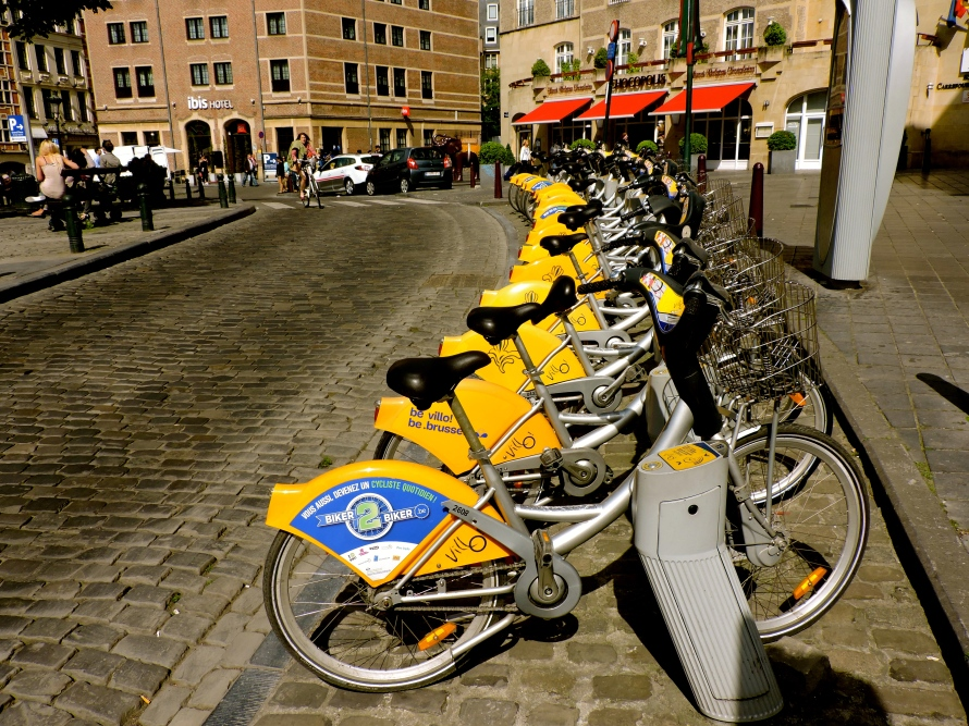There are more than 180 self-service bike stations in the Brussels region.
