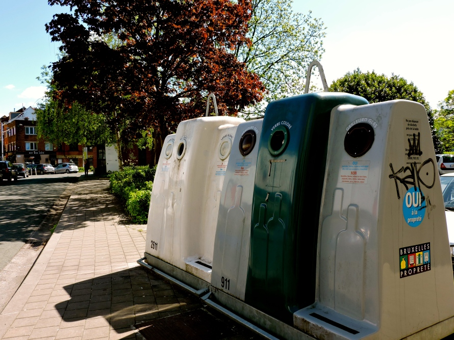 These large recycling and waste containers can be seen throughout Brussels, encouraging residents to recycle and making the recycling process easy to participate in and readily accessible.