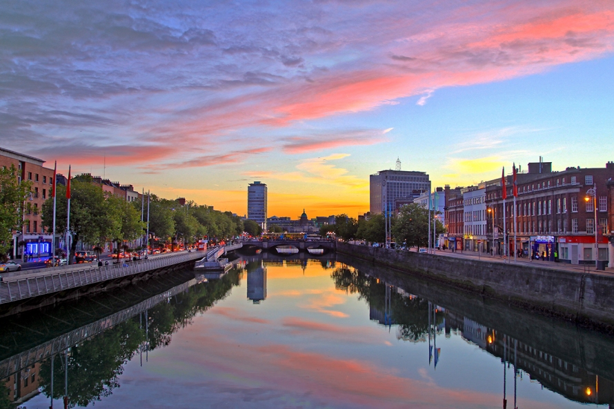 It can sometimes be hard to gather the motivation to wake up for sunrises, but I promise you won't regret it. Here is the sunrise in Dublin, Ireland; one of the most beautiful sunrises I've seen.