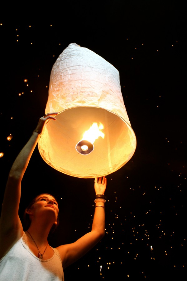Loy Kratong, Chiang Mai, Thailand - Manning - Photo 9