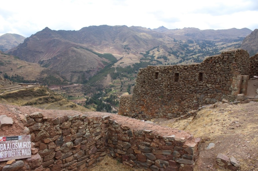 Ruins at Pisaq overlooking the Sacred Valley