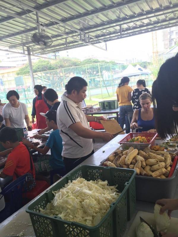 Willing Hearts Soup Kitchen, Singapore, Kirkpatrick, Photo 3