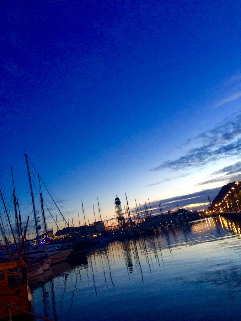 Port Vell right before sunset