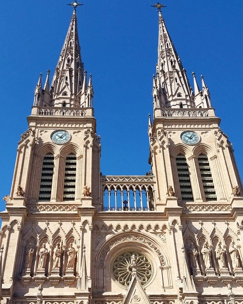 Basilica, Buenos Aires, Argentina-Lundquist-Photo 3