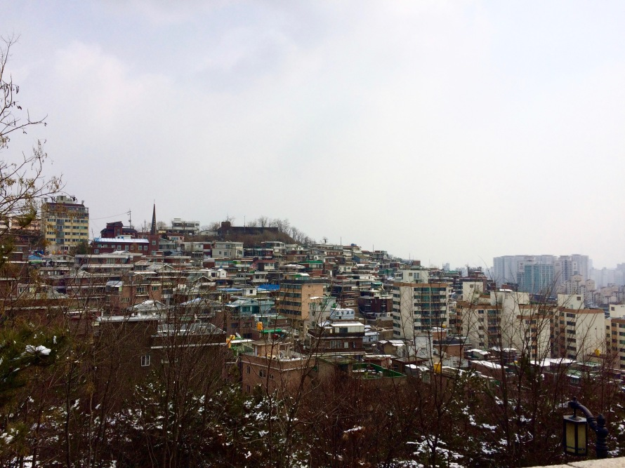Stumbled upon this gorgeous view in Ihwa-dong, Seoul