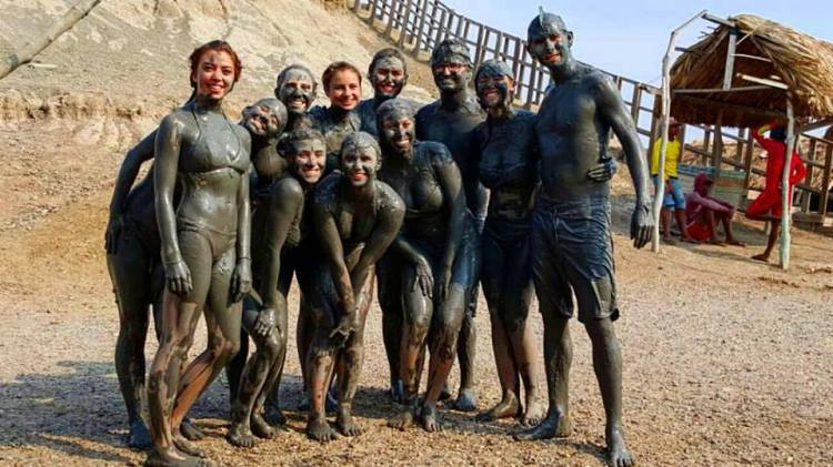Friends that swim in a mud volcano together, stay together.