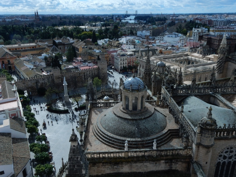 Here's a part of the cathedral as seen from the Giralda.