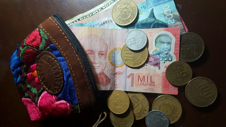 he exchange rate hovers around 1 US Dollar equaling 535 Costa Rican Colónes.