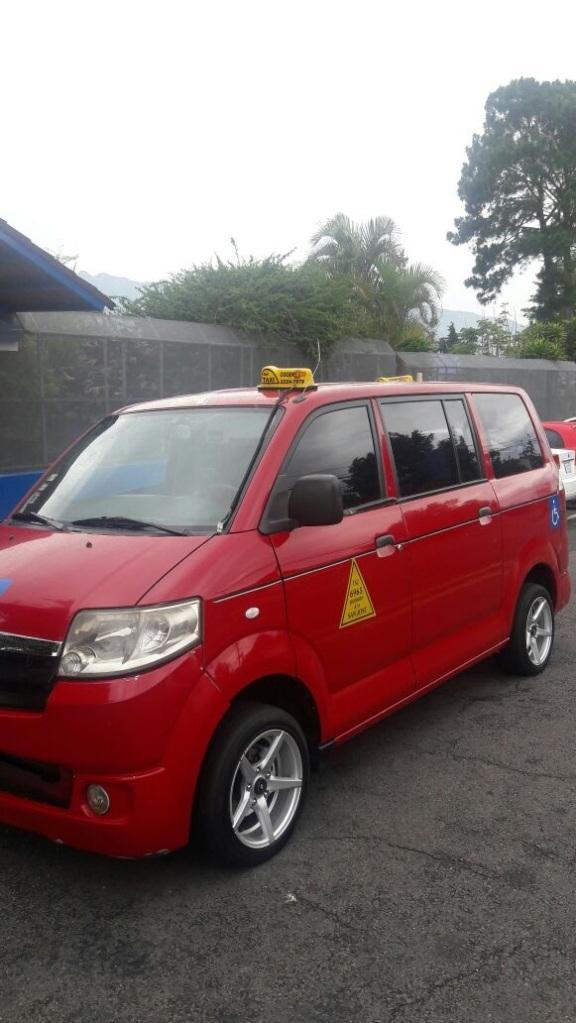 Taxi, San Jose, Costa Rica, Juranitch, Photo 1