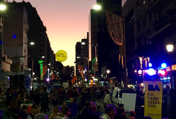Noche de las librerias, Buenos Aire, Argentina, Pakalniskis- photo 7 (1)