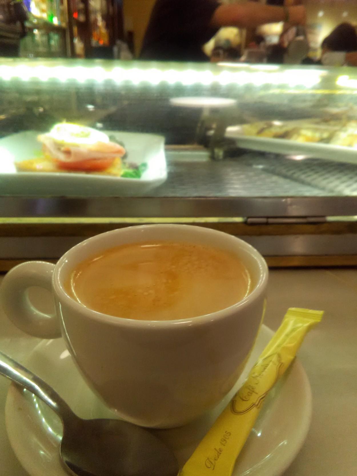 Cafe Novelty, Salamanca, Spain, Pineiros
