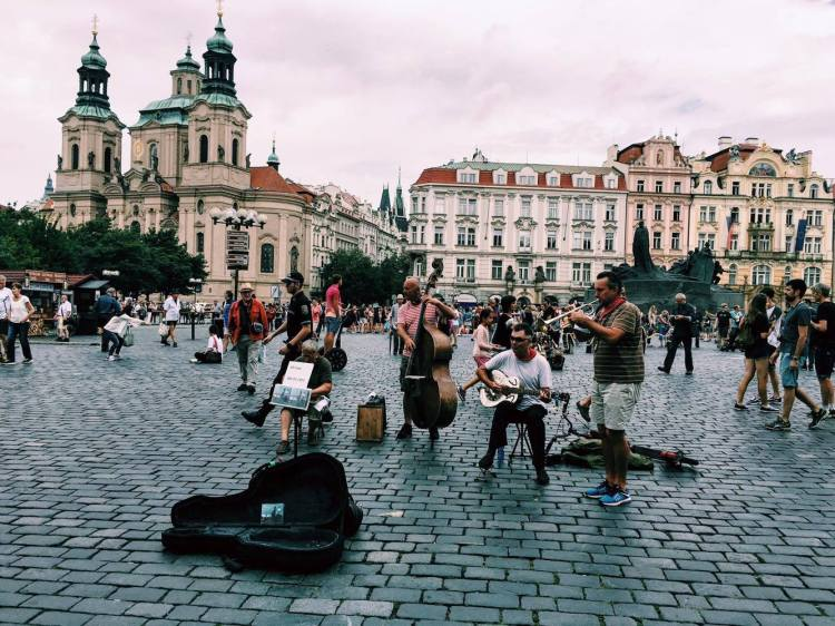 One of many live street performances in Prague's city square