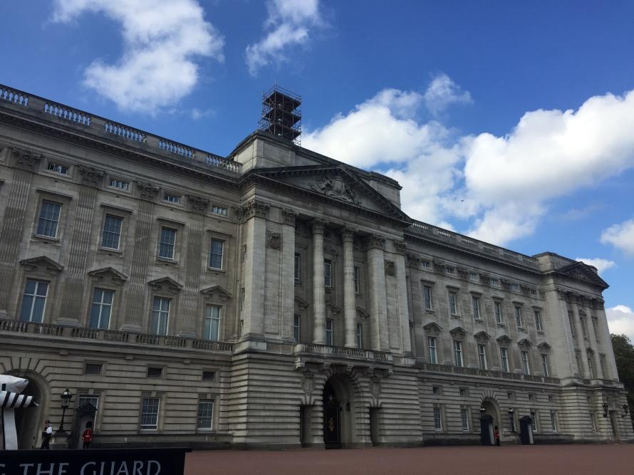 buckinghampalace_london_greatbritain_imanusmani_photo1