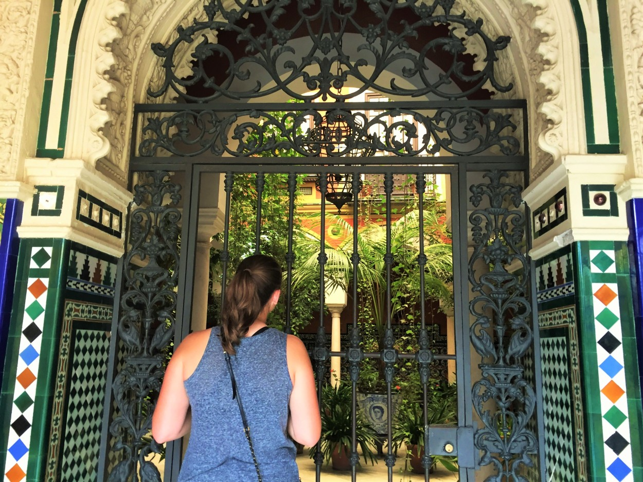 Discovered a gorgeous inner courtyard while walking in Seville.