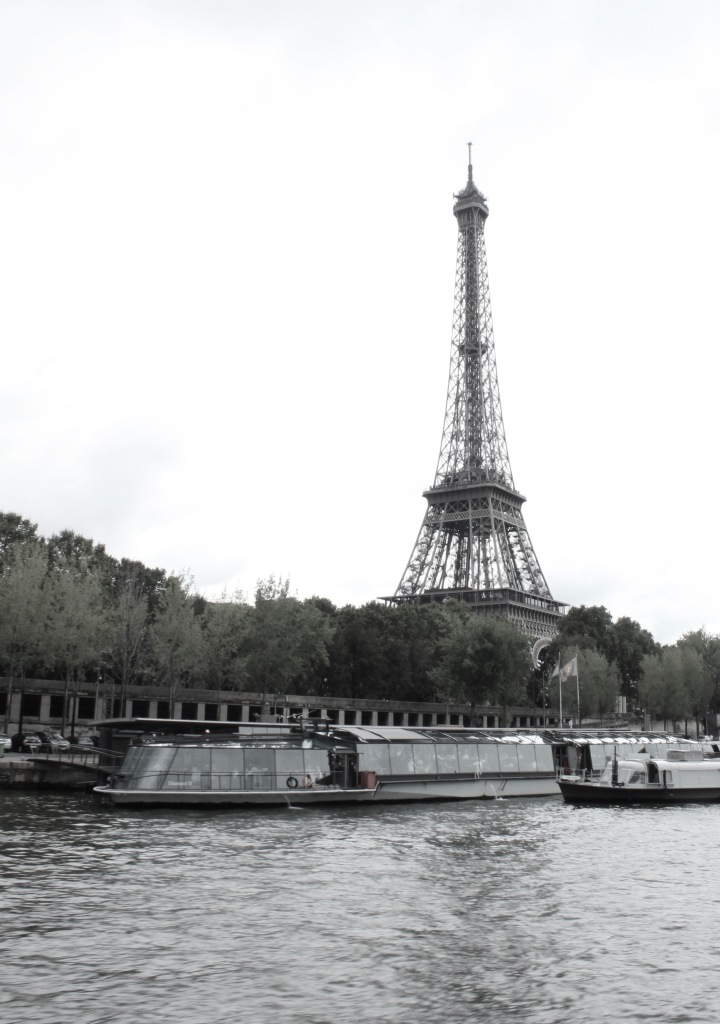 eiffeltower_paris_france_alyssajones_photo1