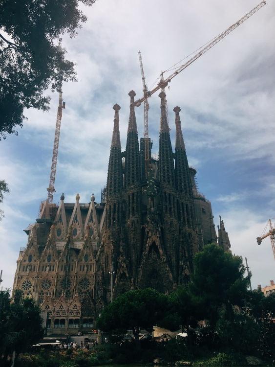 The world-famous, Antoni Gaudí's La Sagrada Familia.