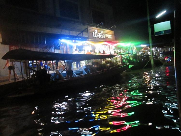 amphawafloatingmarket_samutsongkram_thailand_natalieschunk_photo10