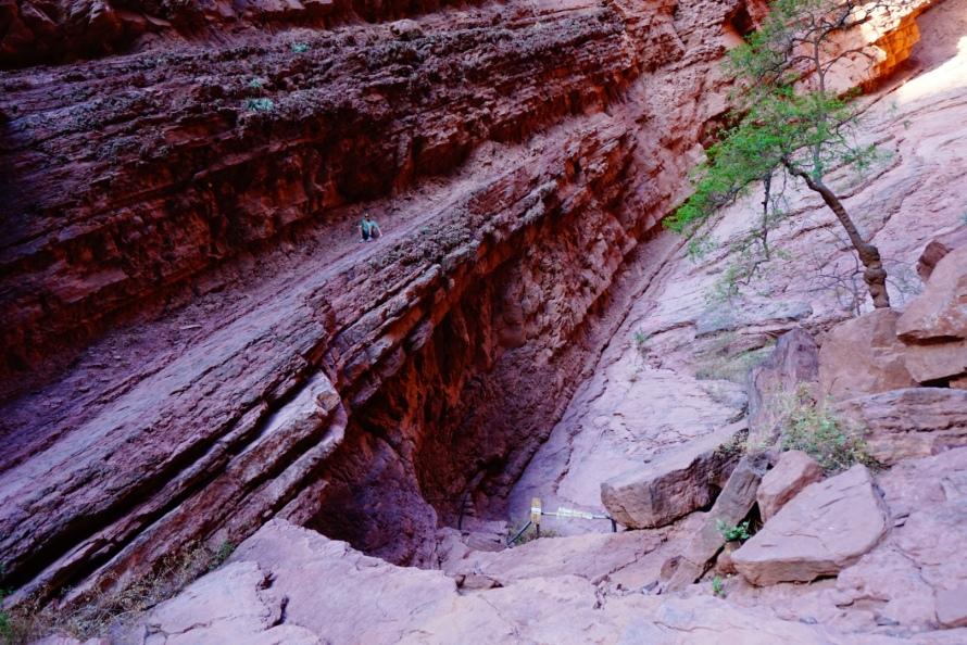 Climbing up the Gargantua del Diablo outside Cafayate