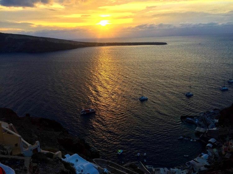 oia-santorini-greece-annissa-peterson-photo-15