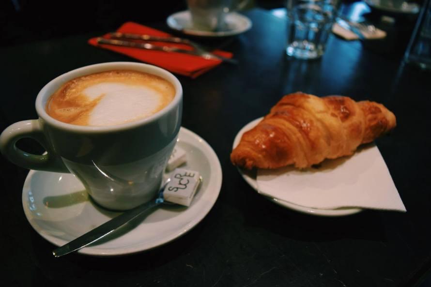 croissant_paris_france_clarissafisher_photo2