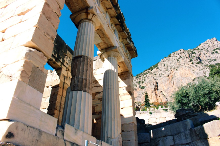 delphi_athens_greece_jaydehansen_photo2
