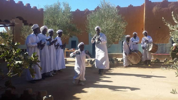 gcgnawa-performers_merzouga_morocco_michaellapatterson_photog