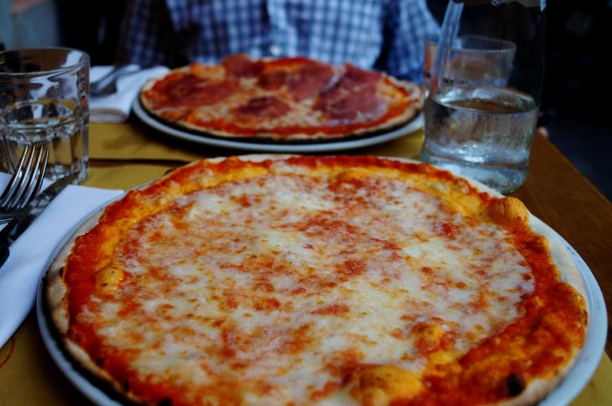pizza_rome_italy_karawhite_photo3