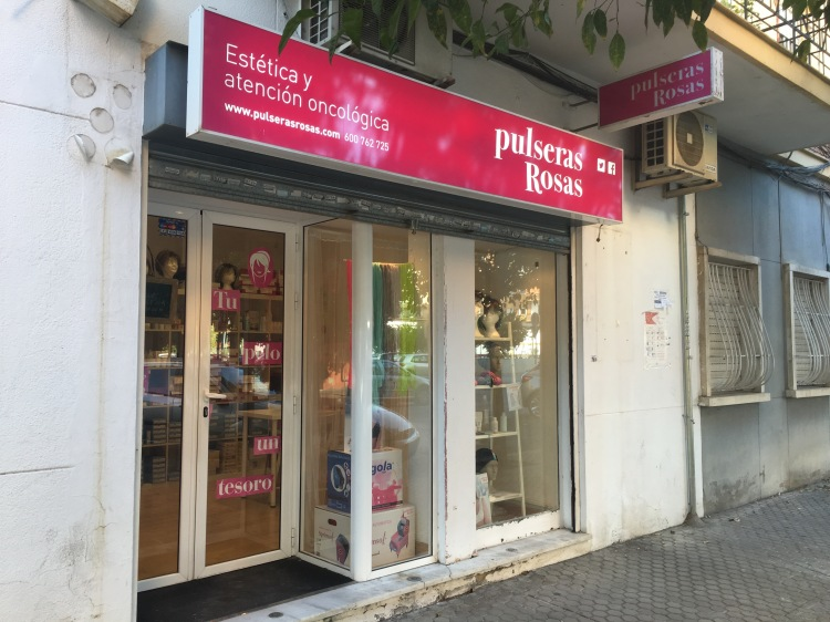 pulseras-rosas_sevilla_spain_rebeccaalfaro_photo1
