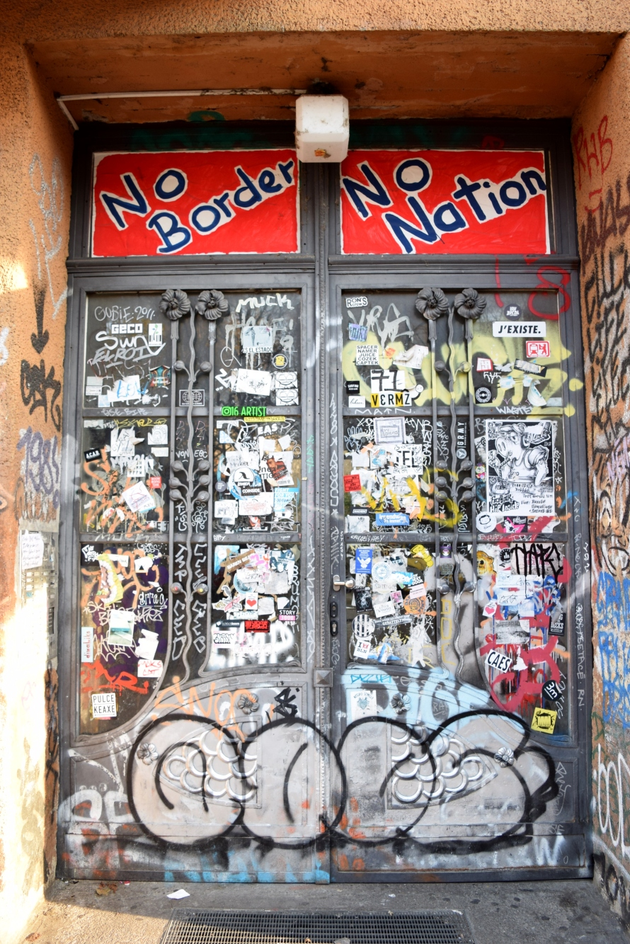 door_berlin_germany_juliabluearm_photo3