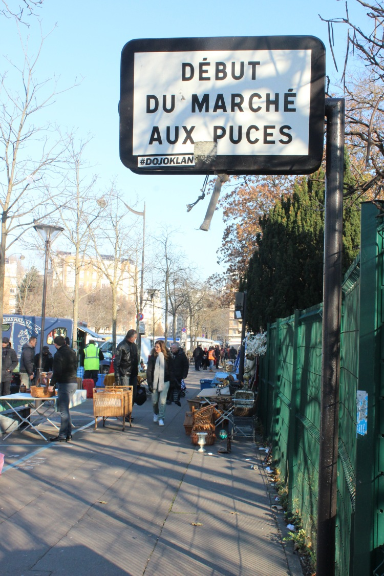 Beginning of the Marché aux Puces