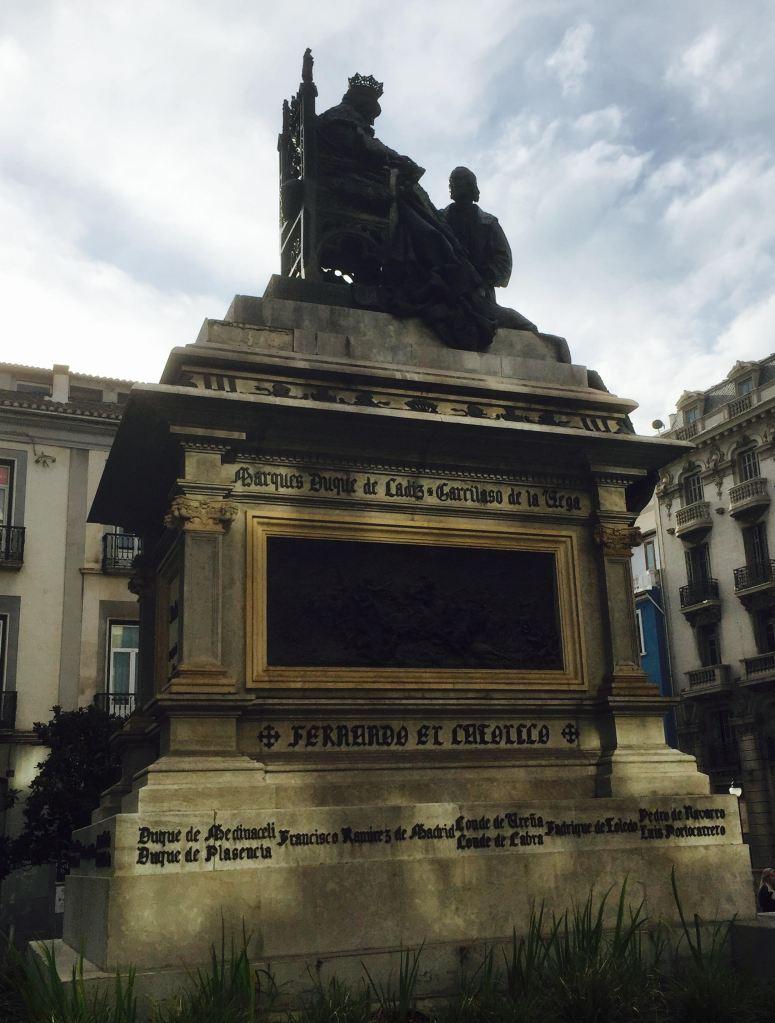 plazadeisabelcatolica_granada_spain_amandavasi_photo1
